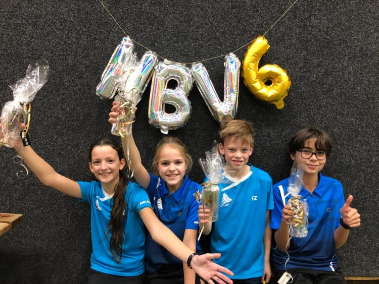 HBV J6, Kampioenen